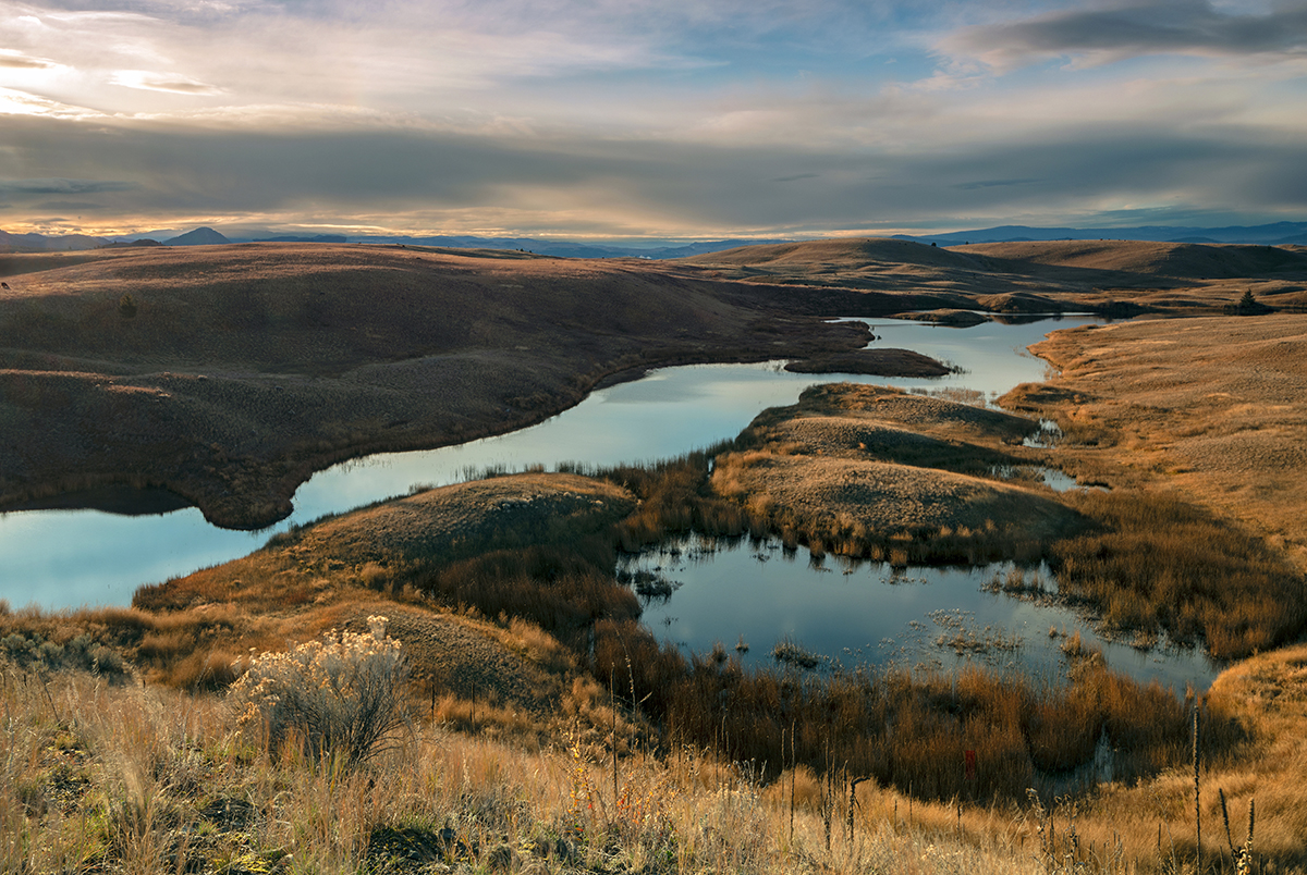 Autumn on a lake in the Lac du Bois protected Grasslands Park, near Kamloops, British Columbia, Canada
