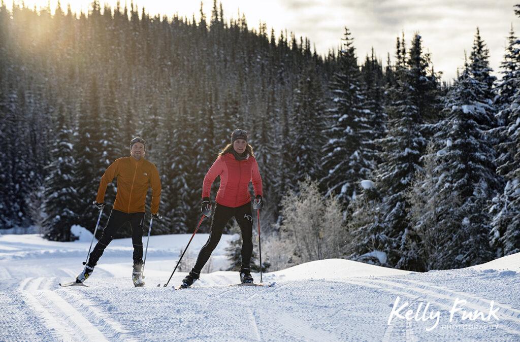 Skate skiers